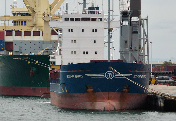 Photo of Cargo ship Star Bird at Newcastle.