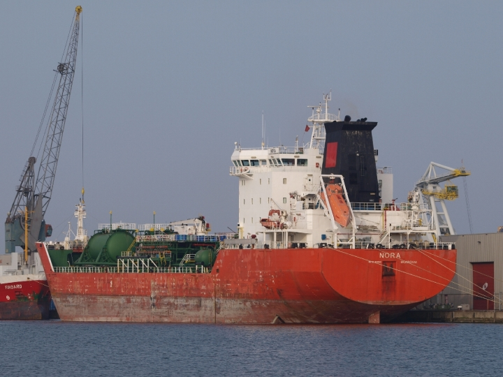 Oil products tanker Nora