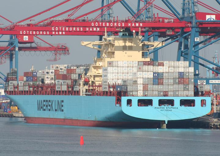 Maersk Stepnica at Skandiahamnen