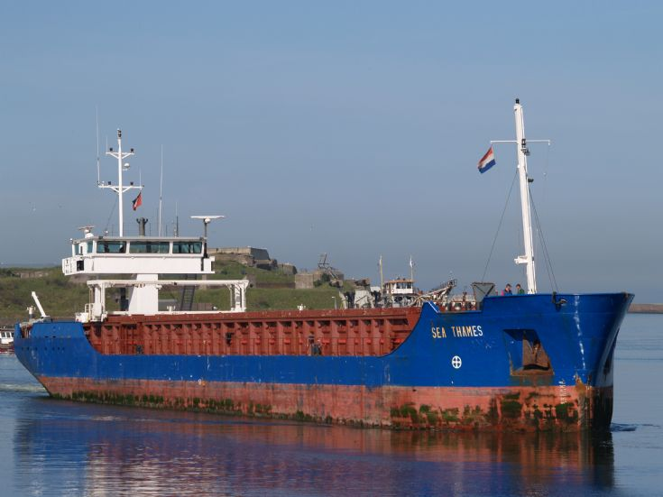 Picture of the coaster MV Sea Thames