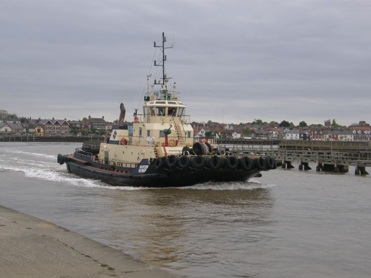 Photo of tug Svitzer Intrepid