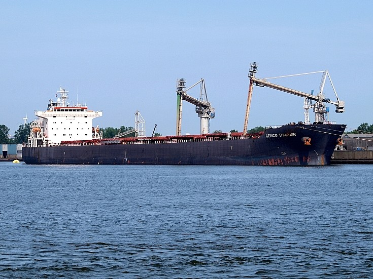 Bulk carrier Genco Thunder