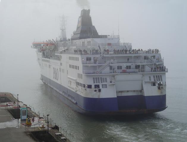 P&O Ferry leaving Dover in Fog!
