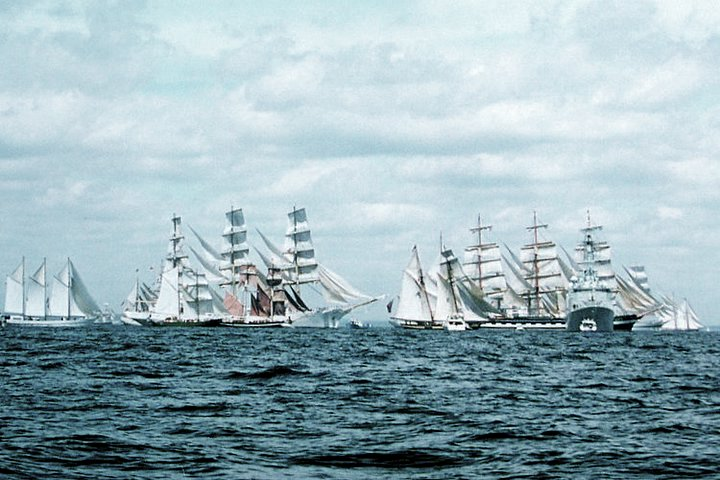 Off to Europe from Halifax Tall Ships 2000