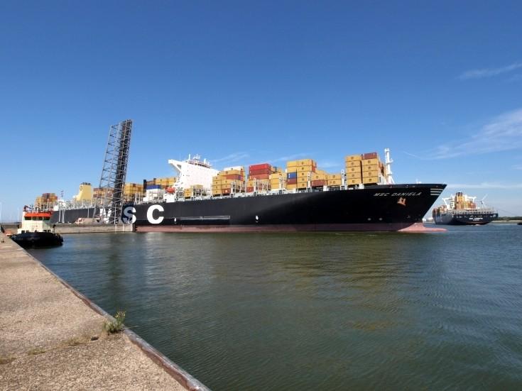 Container ship MSC Daniela