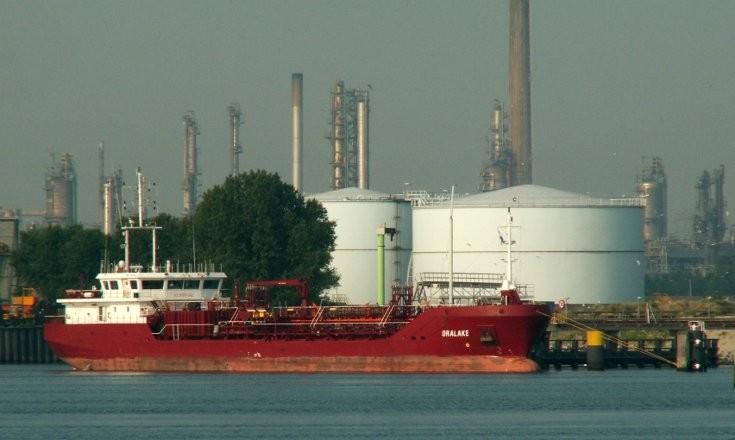 Tanker Oralake