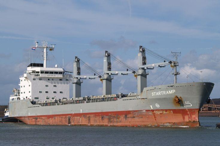 Cargo vessel Startramp