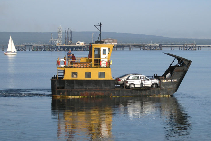 A very small car ferry - The Cromarty Rose