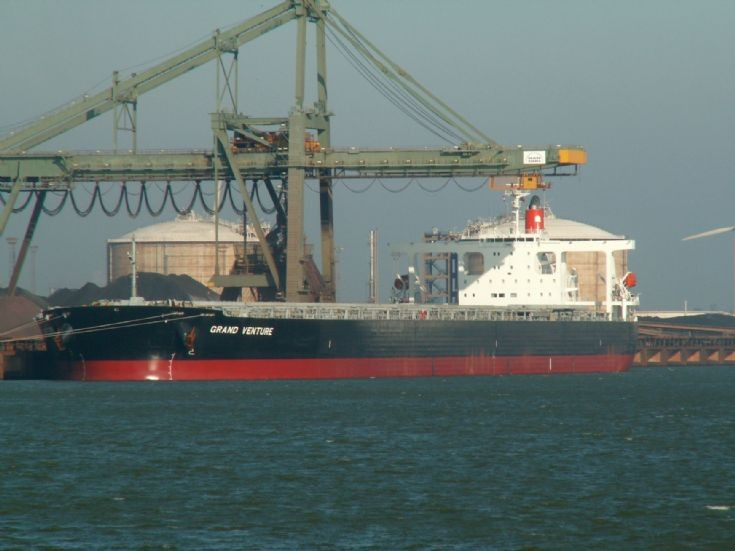 Bulk carrier Grand Venture