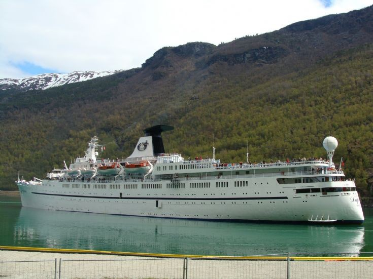 Cruise ship Daphne in Flam - Norway