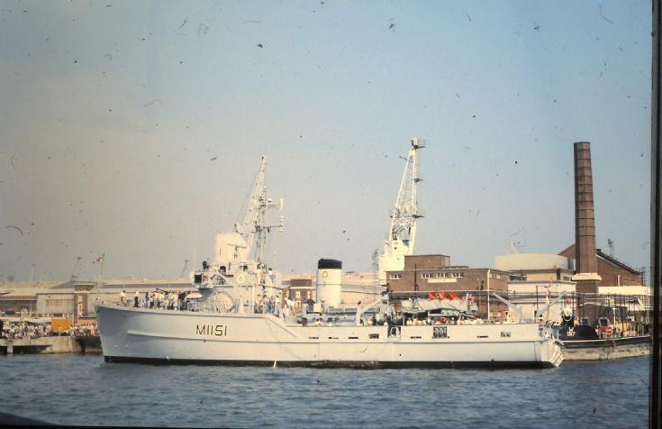 HMS IVESTON  M 1151.