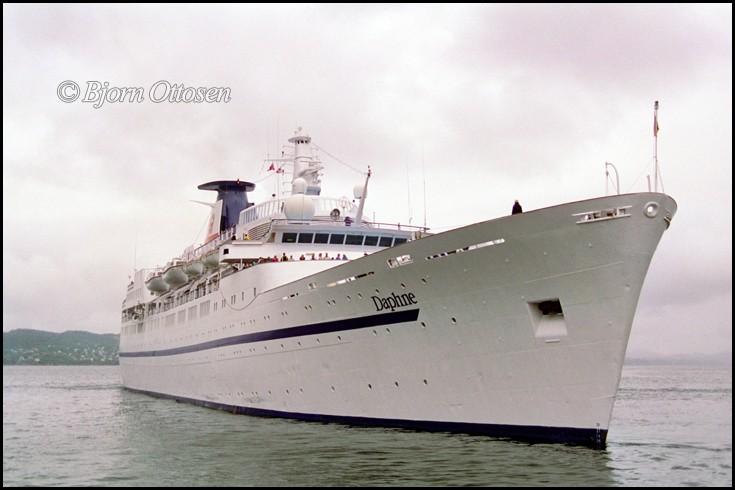 DAPHNE - Cruise ship