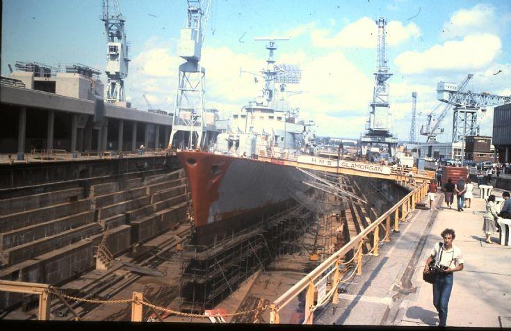 HMS GLAMORGAN D 19