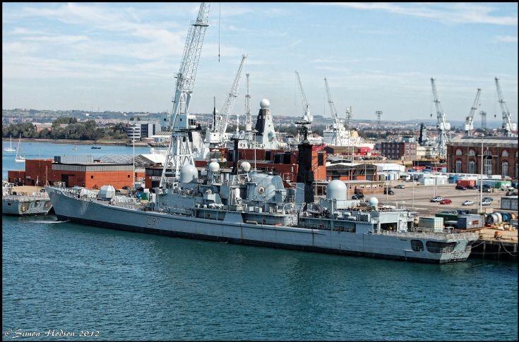 HMS Edinburgh (D97)