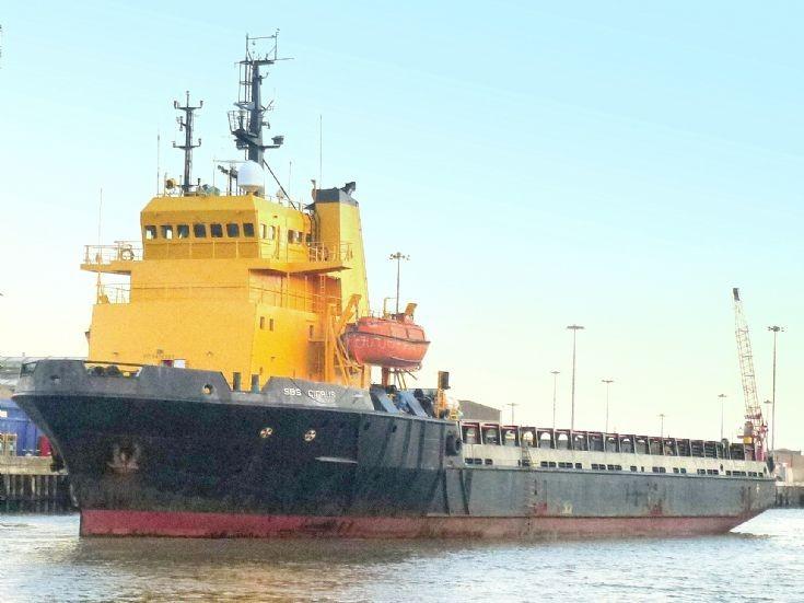 SBS Cirrus at Gt.Yarmouth   13/11/2012