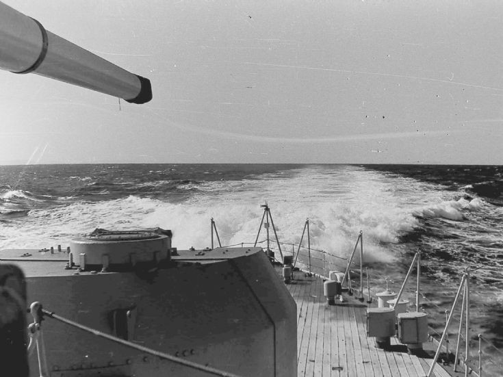 HMNZS Royalist motoring along