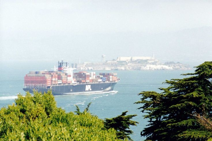 APL vessel at San Francisco