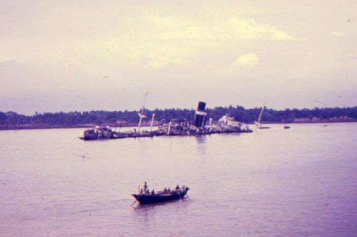 wreck of the 'Martand' in the Hooghly
