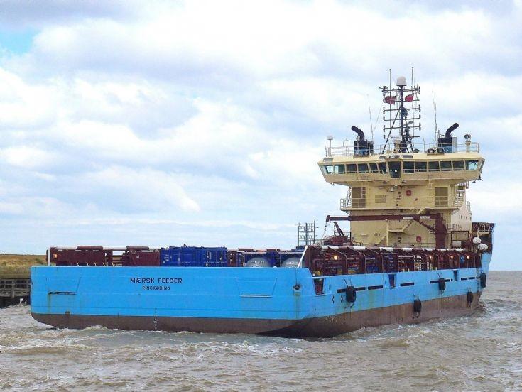 Maersk Feeder                  15/5/2013