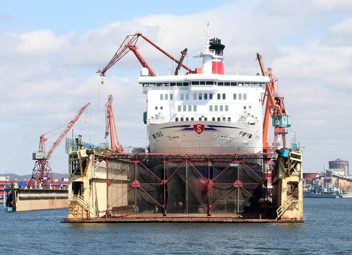 Stena Danica in a CityVarvet floating dry dock