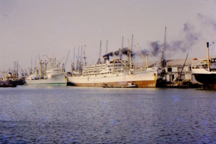 Bombay's Alexandra Dock in 1967