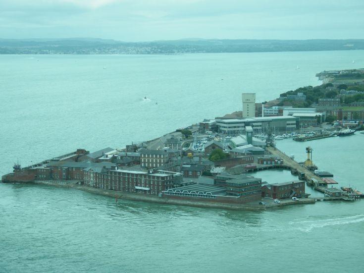 Fort Blockhouse / HMS Dolphin