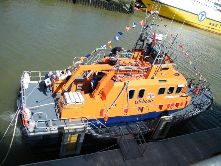 Newhaven RNLI Lifeboat 2016