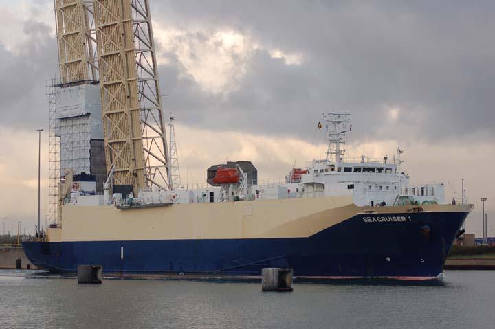Sea Cruiser on the way in.
