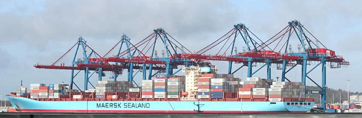 Adrian Maersk at Skandiahamn, Gothenburg
