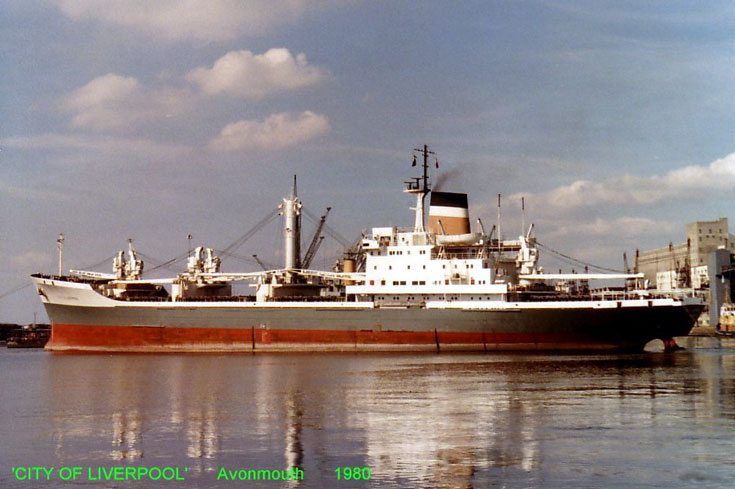 Cargo ship City of Liverpool in Avonmouth 1980