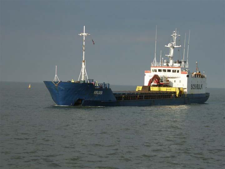 Kielder entering Great Yarmouth inbound from Ayr