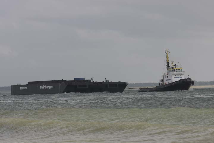 Multraship Barracuda towing barge Vlissingen
