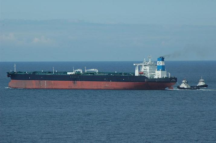 Tanker Algarve in Antifer