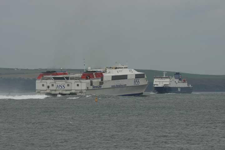 HSS Stena line crossing P&O Ferry