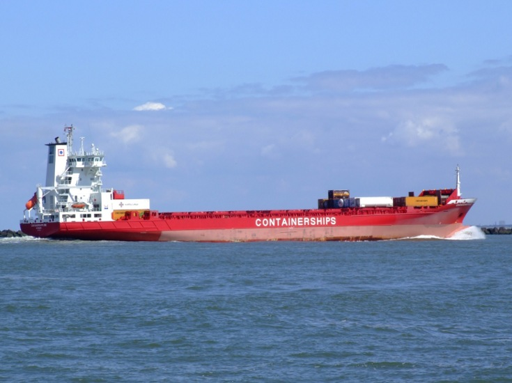 Another shot of Containerships XIII